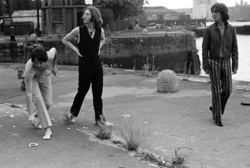 Paul Mccartney John Lennon And George Harrison Wapping Pier Head 28 July 1968 Photo C Stephen Goldblatt The Beatles Beatles Pictures Beatles Photos