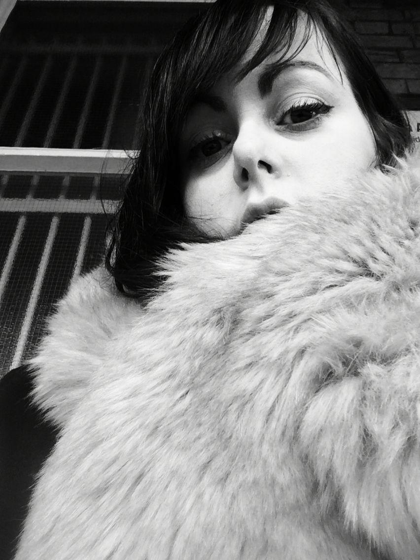Noir fur black and white