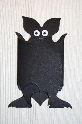 fledermauseinladung geschlossen halloween fledermaus bat pinterest fledermaus. Black Bedroom Furniture Sets. Home Design Ideas