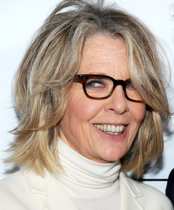 Medium Hairstyles Over 50 Diane Keaton Shoulder Length Bob Hairstyle Trendy Hairstyles For Women Com Medium Hair Styles Medium Length Hair Styles Hair Styles