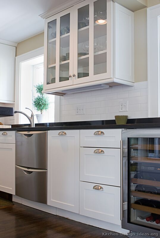 Traditional White Kitchen Cabinets 05 Design Ideas Org