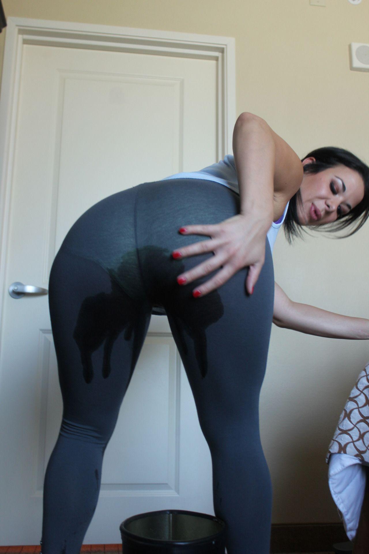 Pissing in yoga pants