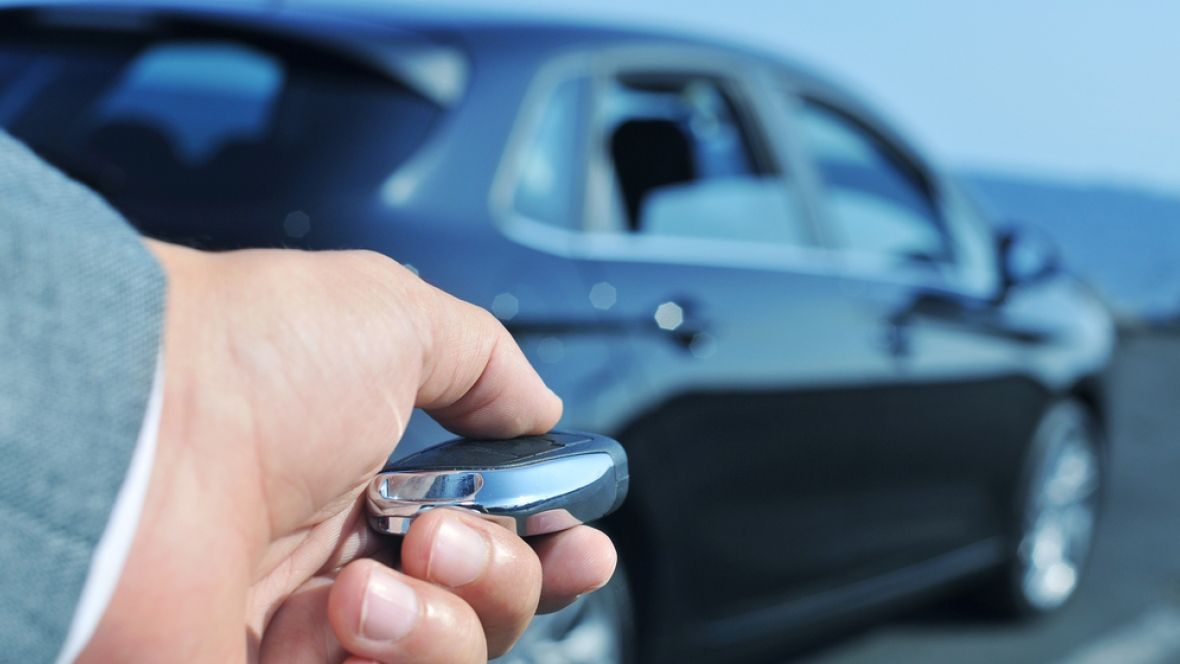 Keyless entry systems on many vehicles are hackable