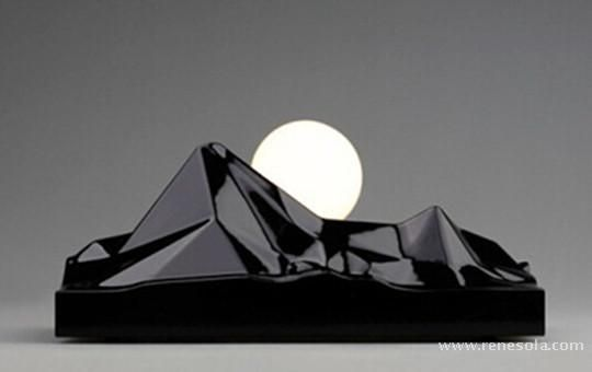 Beautiful! This LED solar light can create a beautiful moment of the rising sun. http://www.renesola.com/blog/w_detail/349