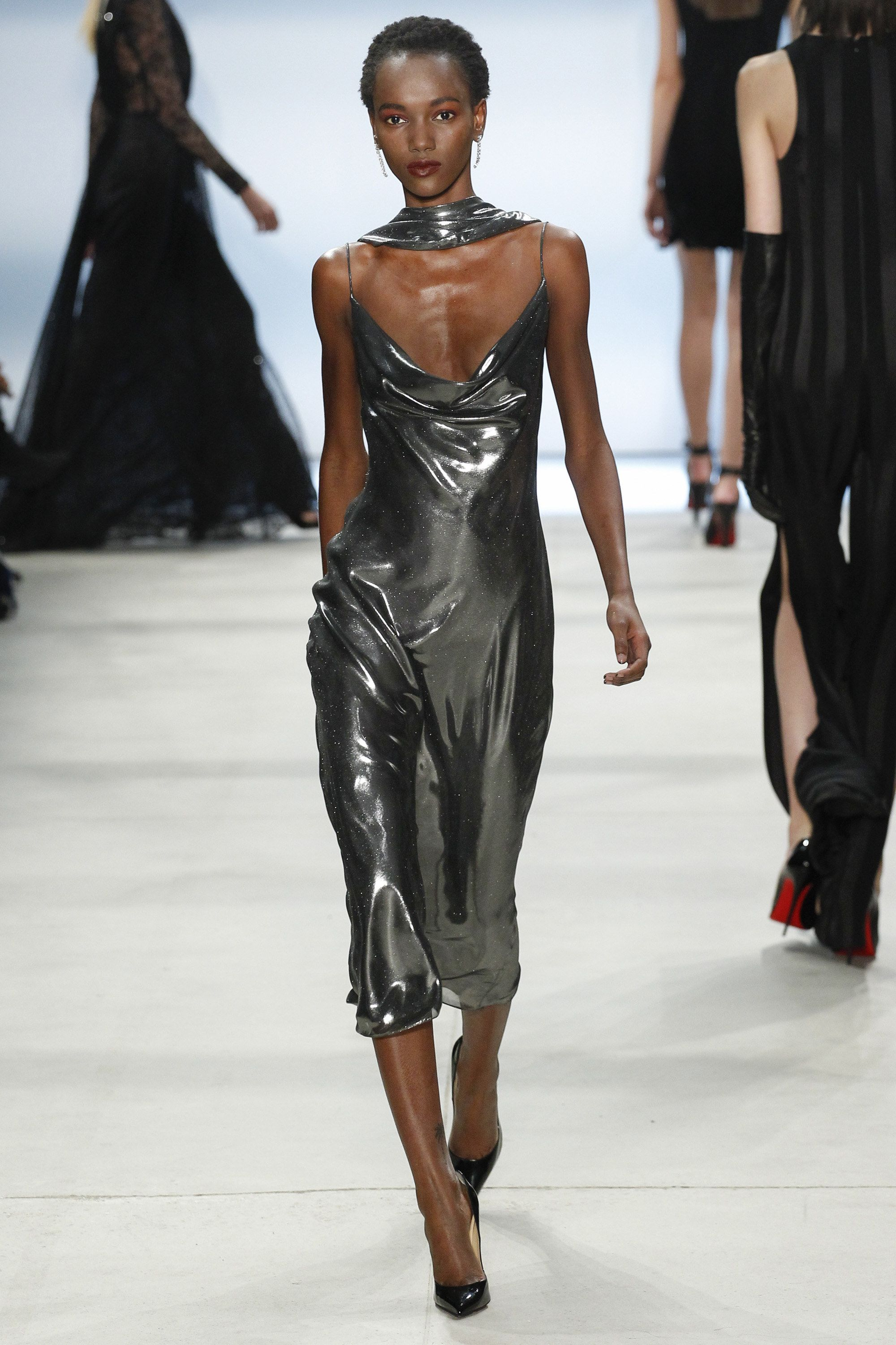 f161b1606c8 Cushnie et Ochs Fall 2016 Ready-to-Wear Fashion Show http