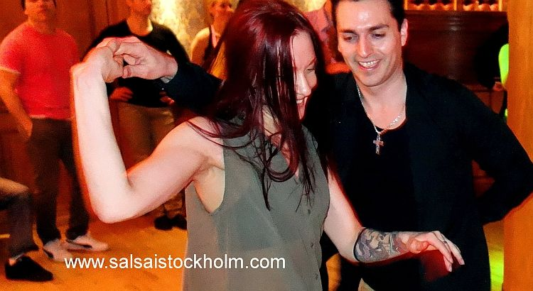 Mixing the night at Chicago - Salsa i Stockholm