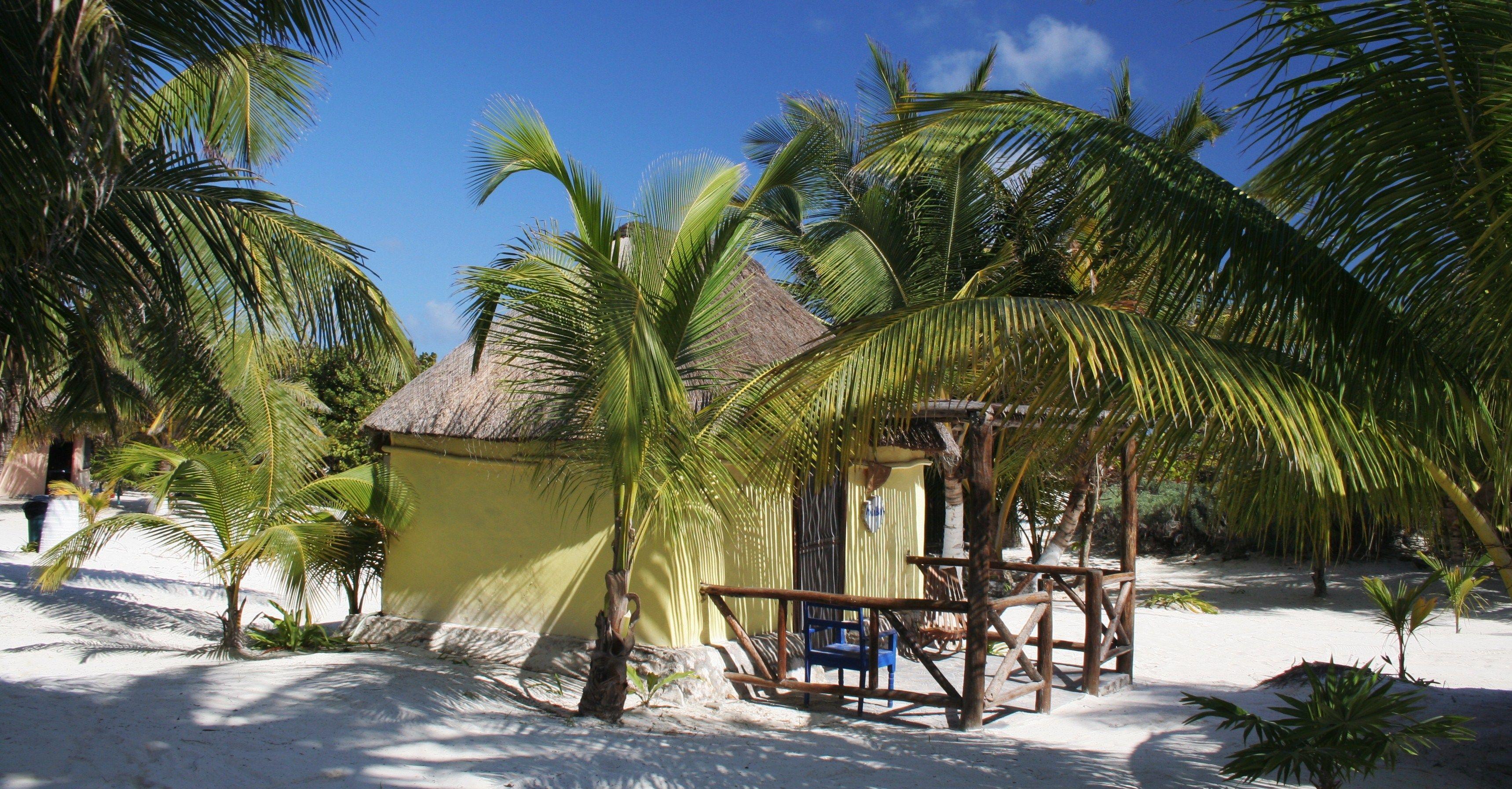 Mexico, Tulum. Zazil Kin, cabana Majahual.