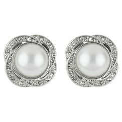 $18 Pearl Earrings