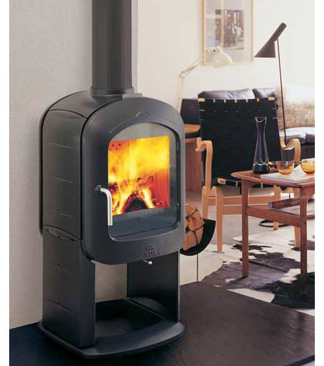 The New Decorative Wood Burning Stove From Jotul The F 373 Was Designed In Norway By Hareide Designmill The Jot Wood Burning Stove Wood Stove Cast Iron Stove