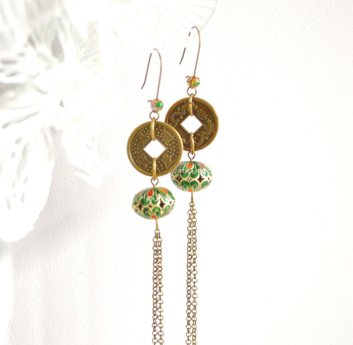 boucles d 39 oreille asiatiques en laiton couleur bronze et vertes pi ces chinoises et perles. Black Bedroom Furniture Sets. Home Design Ideas