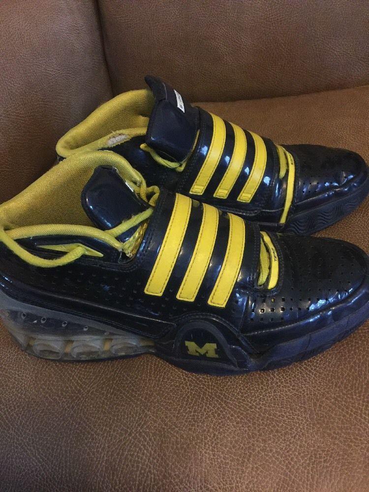 Adidas Basketball Shoe PE RARE Size 9 Mens Team Signature