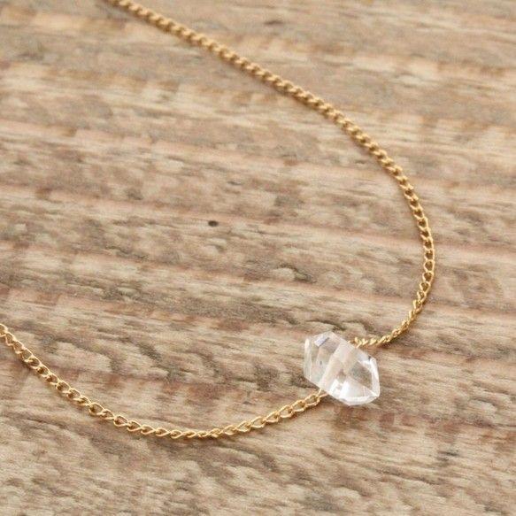 NY産ハーキマーダイヤモンドを華奢なチェーン直接通したデザインです。サイズ:約16㎝素材:チェーン、引き輪部分…14KGF、プレート&helli...|ハンドメイド、手作り、手仕事品の通販・販売・購入ならCreema。