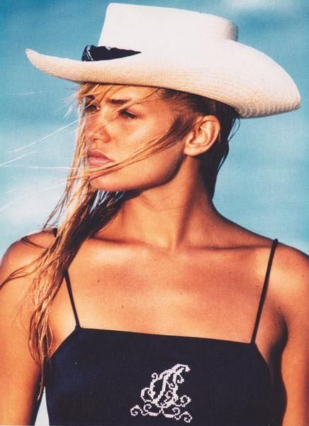 Yolanda Foster (van den Herik) modelling. | Nostalgia ...  Yolanda Foster ...