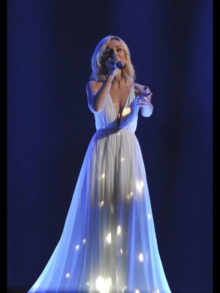 концертные платья для сцены фото выселении