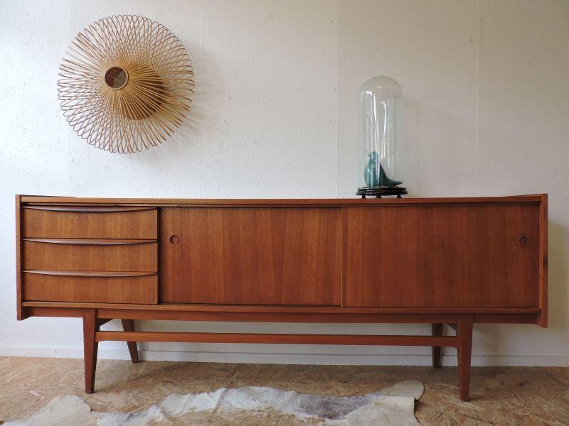 enfilade scandinave ann es 60 c te et vintage en 2019 pinterest meuble ann e 60 enfilade. Black Bedroom Furniture Sets. Home Design Ideas