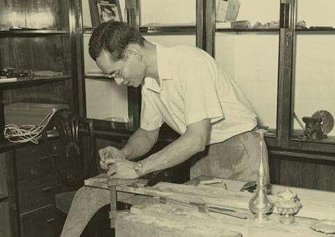 König Bhumibol der Heimwerker