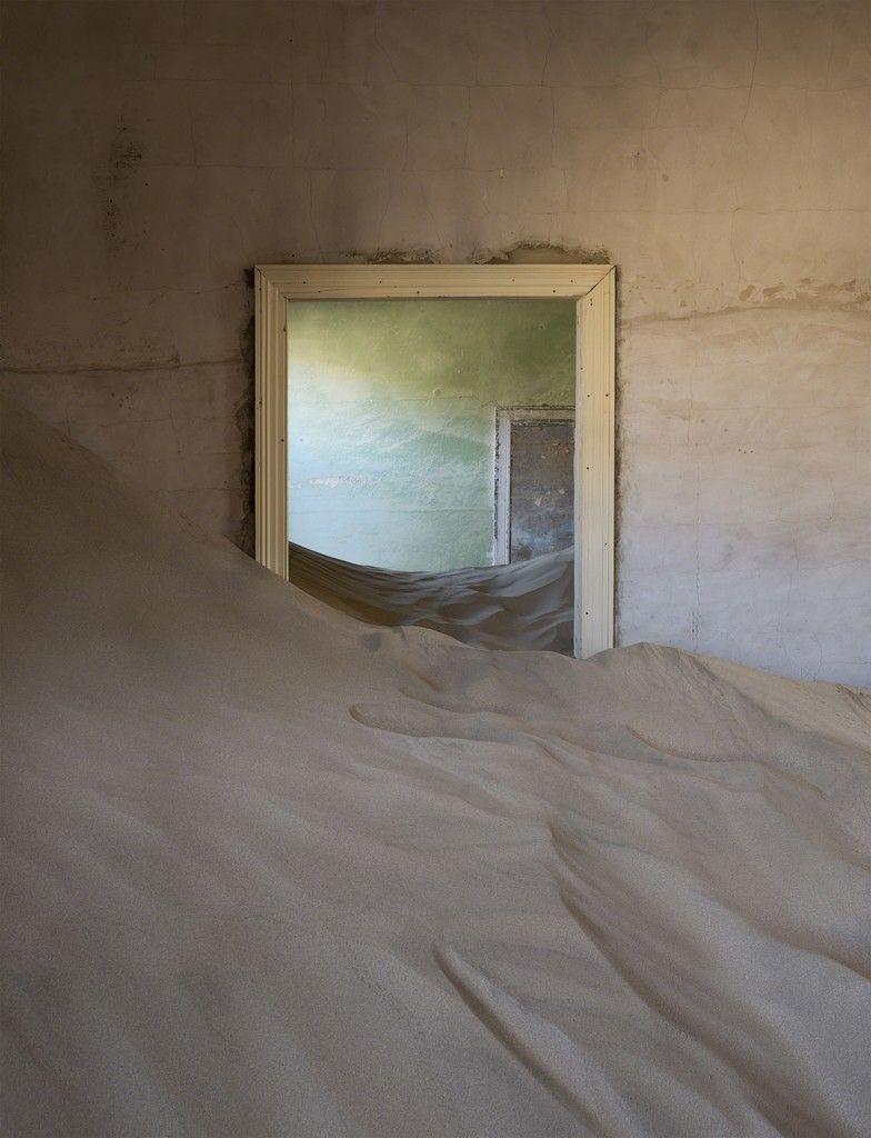 Helene Schmitz, Green Room, 2014, Galerie Maria Lund