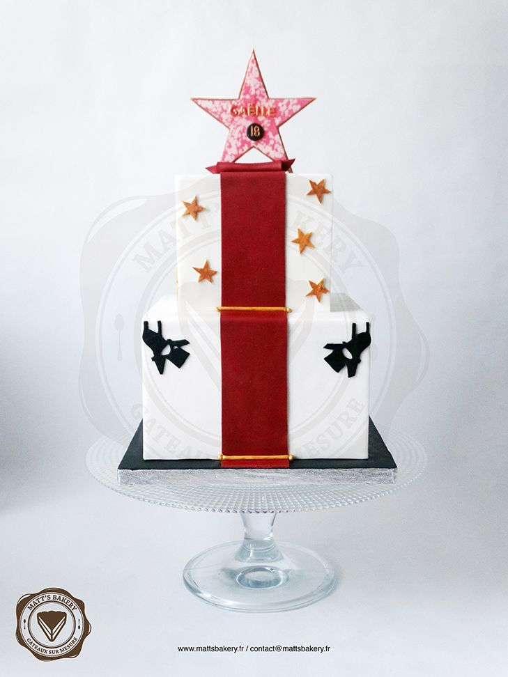 #mattsbakery #angers #patisserie #pastry #pateasucre #fondant #sucre #sugar #gateau #cake #chocolat #chocolate #cakedesign #cakedecorating #star #fete #partycake