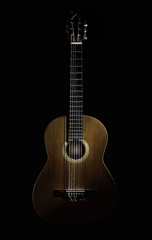 Very Old Book Matched Birdseye Maple Sides And Back Old Straight Grain European Spruce Soundboard Immaculate Fr Classic Guitar Guitar Wallpaper Iphone Guitar