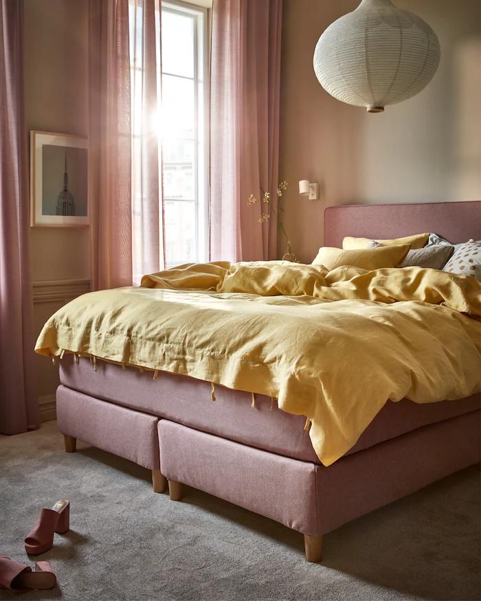 22 Schlafzimmer rosa braun