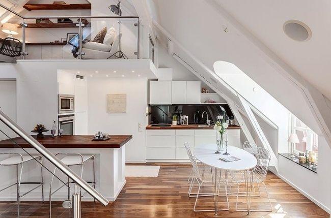 Wohnideen moderne Küche skandinavisch weiß holz dachwohnung - paneele kche gestalten