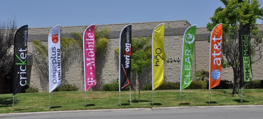 Feather Flags Open To The Public Google Search Outdoor Advertising Signs Outdoor Advertising Custom Feather Flags