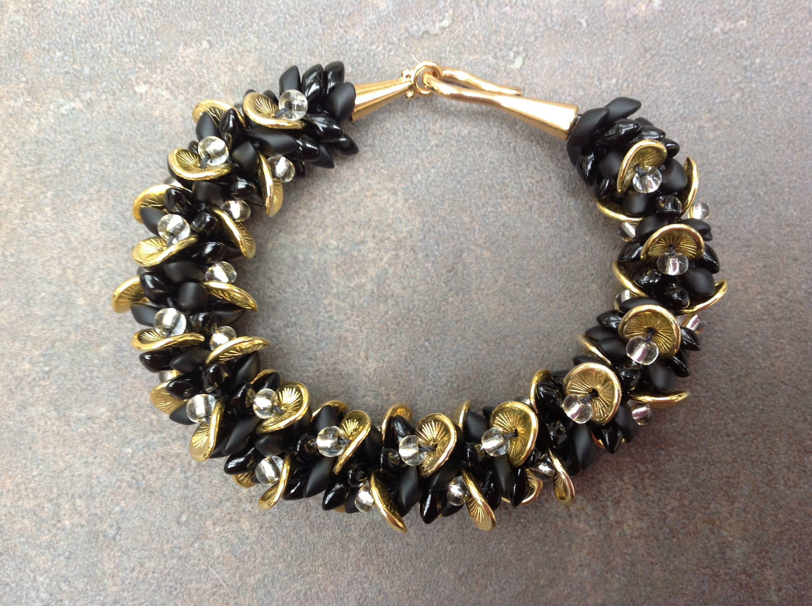 Kumihimo Bracelet Made With Wavy Disk Beads Use 6/0 Seed
