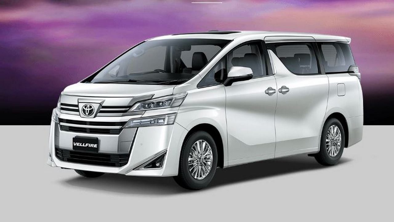 Toyota Launches Vellfire Mpv With Hybrid Technology In India At A Price Of Rs 79 5 Lakh Technology News Firstpost In 2020 Toyota Product Launch Apple Car Play