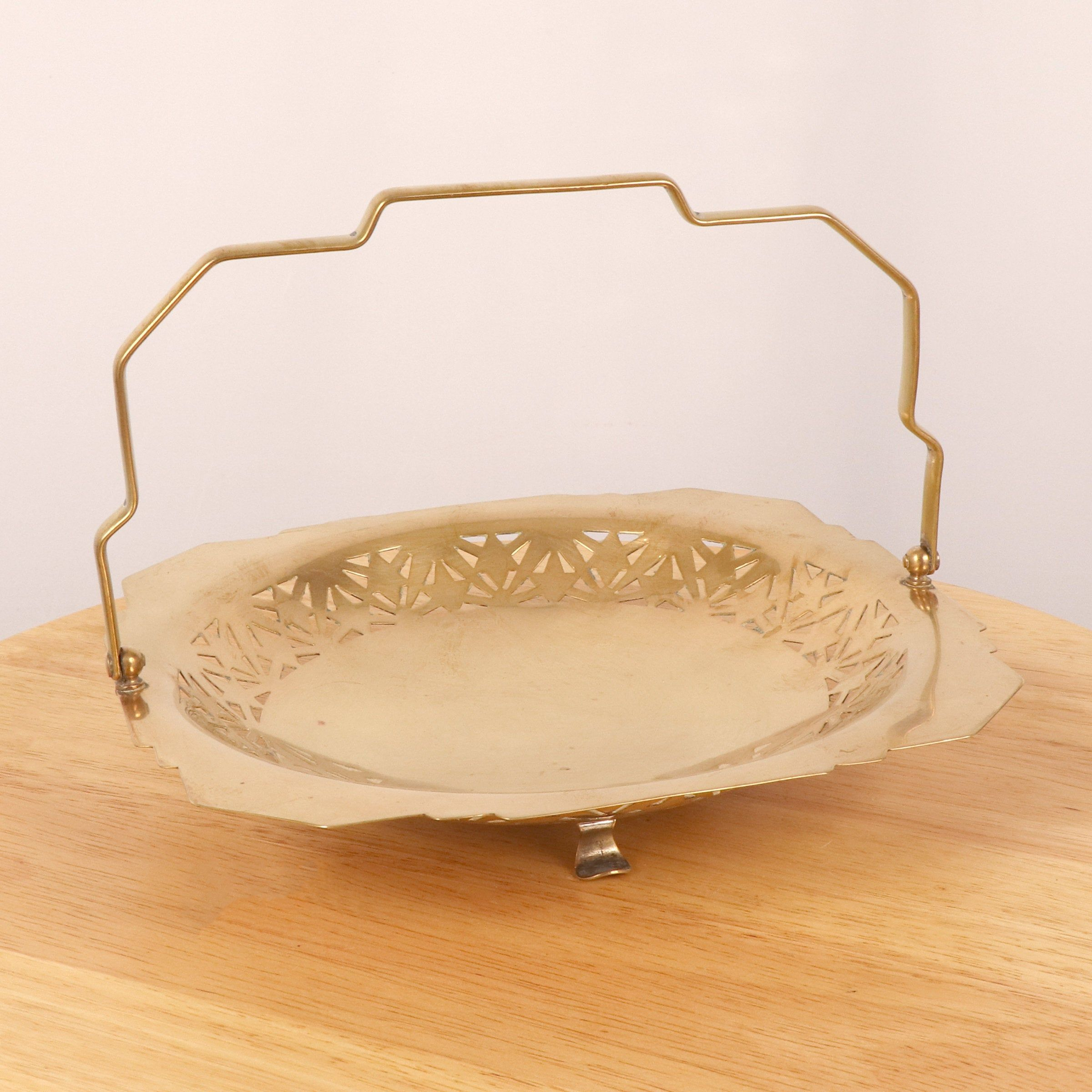 Bowl Dish Tray Vintage Solid Brass Simple Design Handle Elevated On 3 Legs By Ukamobile On Etsy In 2020 Solid Brass Sell Items Brass