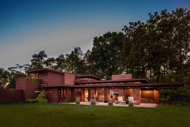Still Bend Fabulous Frank Lloyd Wright House In Wisconsin On