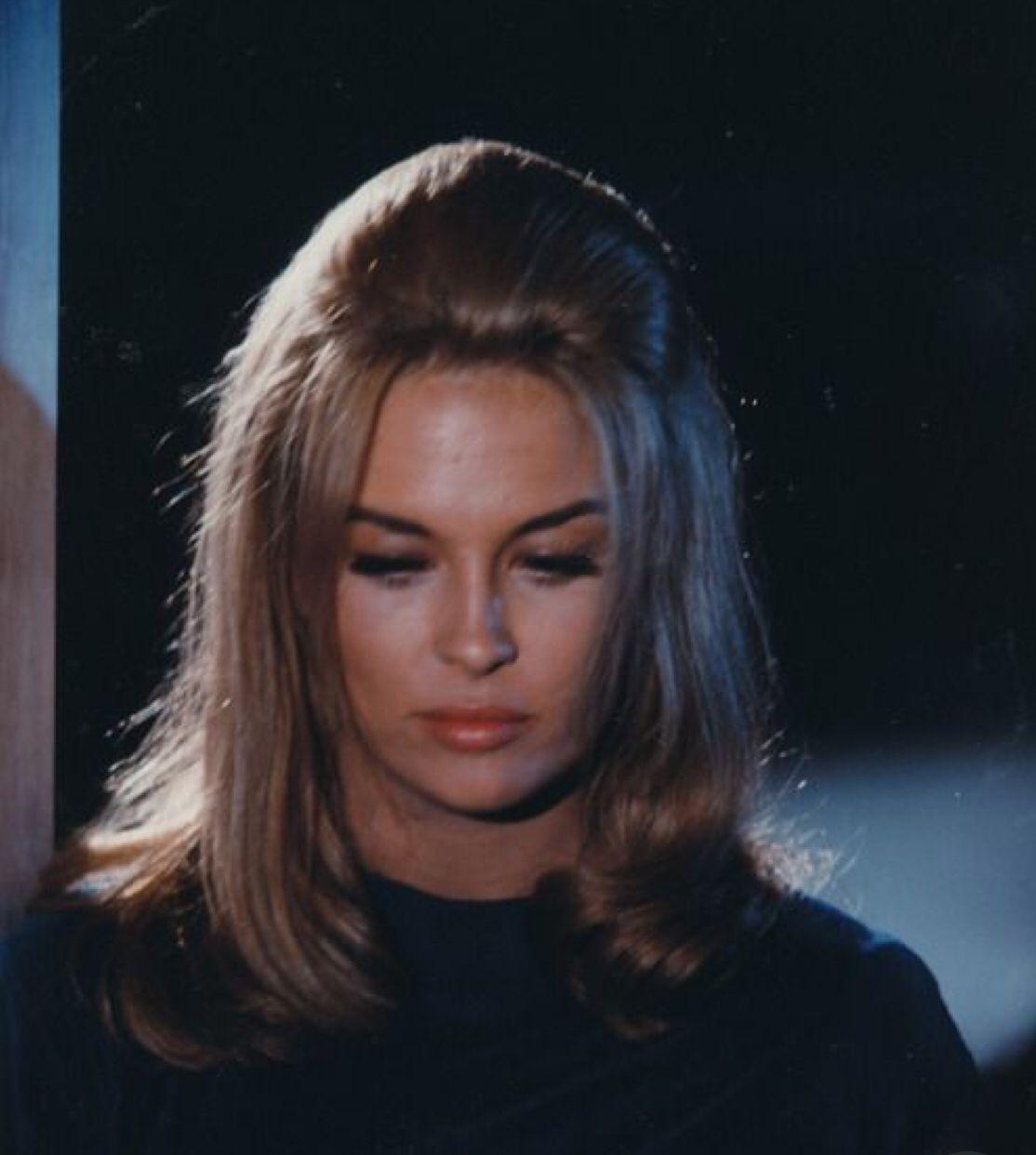 Faye Dunaway In Her 1967 Film The Happening Faye Dunaway