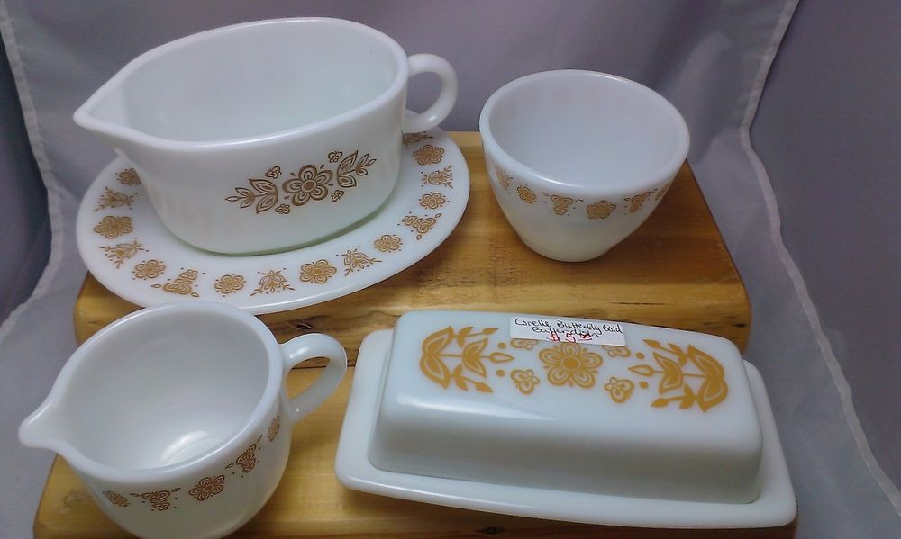 Vintage Corelle Butterfly Gold by Pyrex Hostess Set Retro Dishware. Set includes gravy boat with underplate, covered butter dish, mini creamer, and open sugar bowl. #TheCreativeCottage.