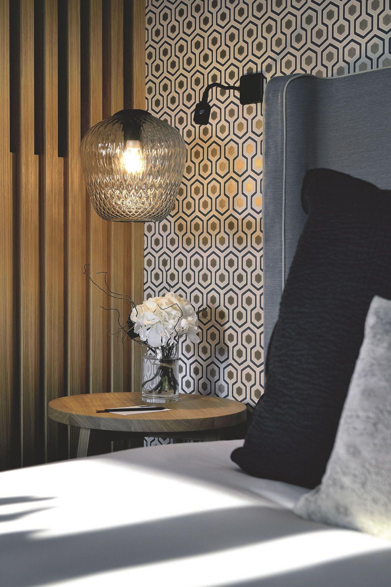Meuble Accessoire Et Luminaire Deco Style Cote Ouest Deco Chambre Deco Chambre Hotel Decoration Chambre