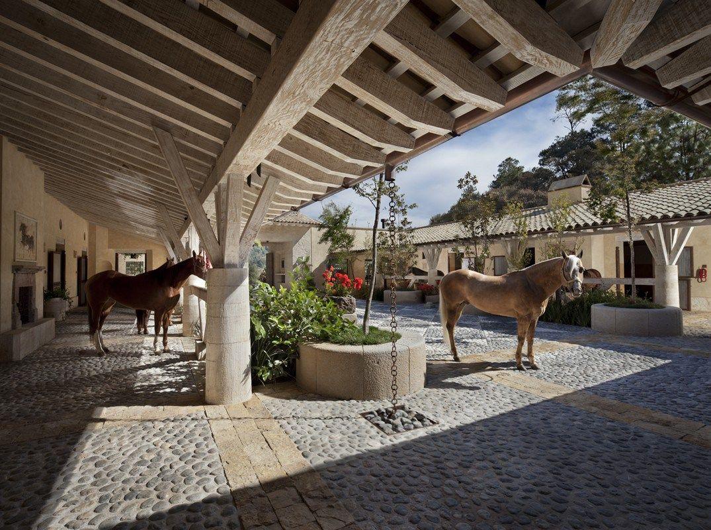 Colonial Ranch Exterior