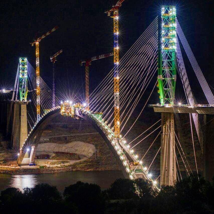 Puente sobre el Almonte. Nocturno. LAV Extremadura. #ffccExtremadura