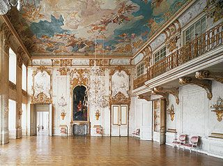 Pin von louise marie reston auf palaces castles for Innendekoration potsdam