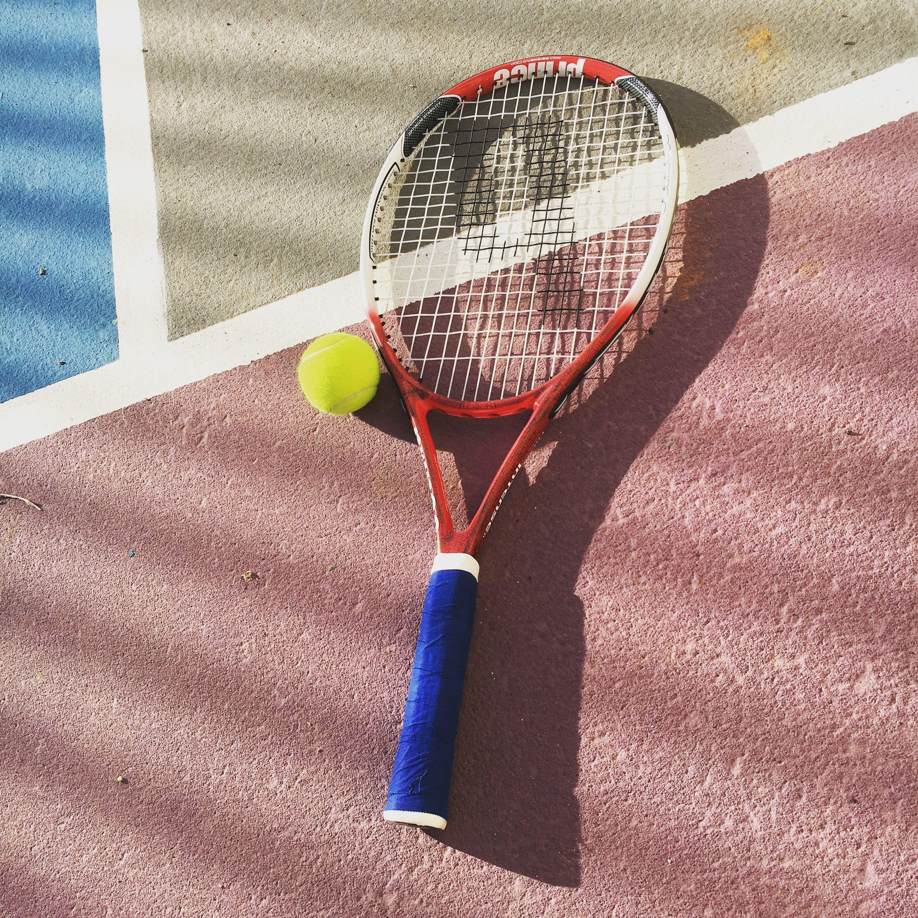 Açık havada Tenis oynamanın keyfi bir başka.. Enjoy