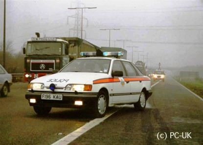 1989 Dealing With Fog On The Motorway Ford Granada Police Car