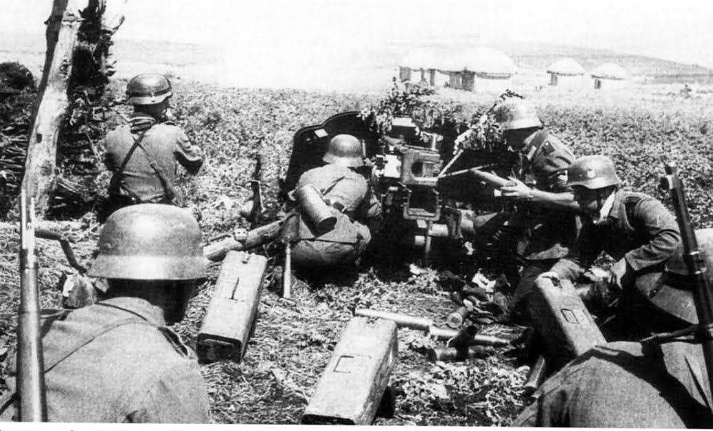 German 50 Mm Anti Tank Gun: German Gunners Man A PaK 38 50mm Anti Tank Gun Against