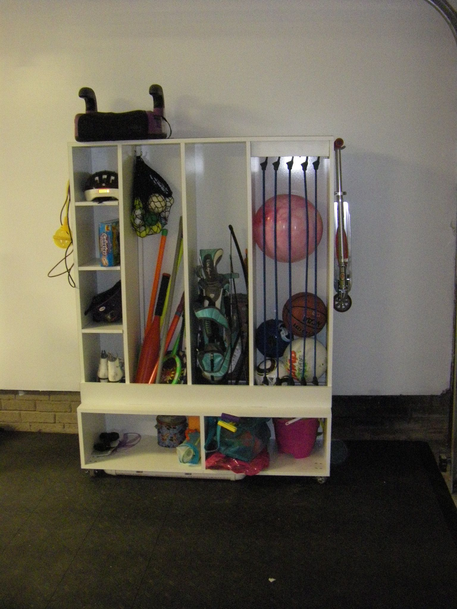 My husband just built this great garage storage caddy for
