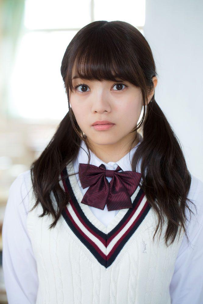 宮田愛萌の制服画像
