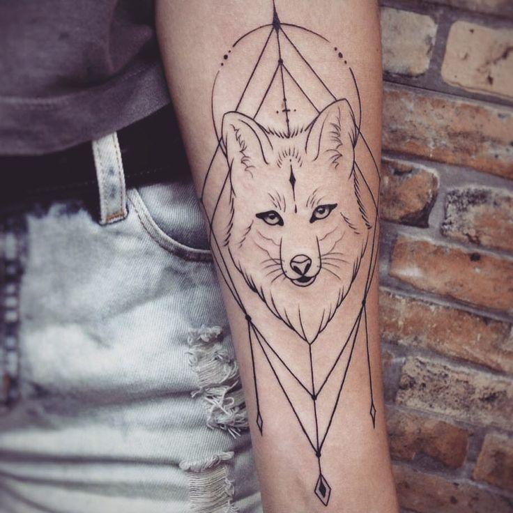 """a4b5ae9d5 2,948 curtidas, 77 comentários - Nath Araújo (@nanaths) no Instagram:  """"minha raposinha linda do @skinkflash Eles têm vários desenhos do flash  tattoo ..."""