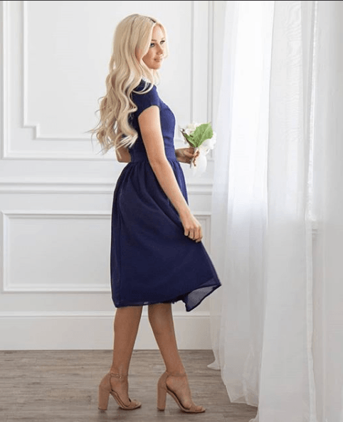 26 Ideas On What Color Shoes To Wear With Blue Dress Blue Dress Outfits Blue Dresses Dresses