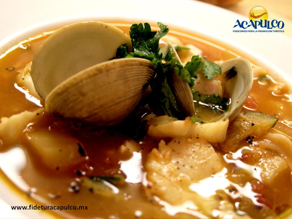 #gastronomiademexico Exquisita sopa de mariscos en el restaurante El Morro de Acapulco. GASTRONOMÍA DE MÉXICO. La sopa de mariscos es un delicioso platillo que aporta todos los nutrientes del mar y durante tu siguiente visita al puerto de Acapulco, te invitamos a probarla en el restaurante El Morro, ya que es la especialidad de la casa y no hay otra igual. Visita la página oficial de Fidetur Acapulco, para conocer más información.