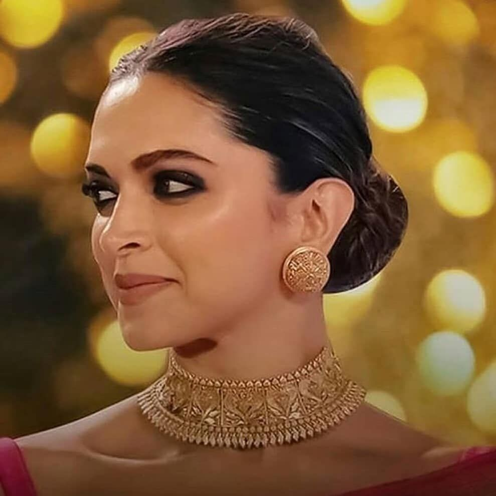 Deepikapadukone Gold Necklace Indian Bridal Jewelry Gold Necklace Designs Bridal Fashion Jewelry
