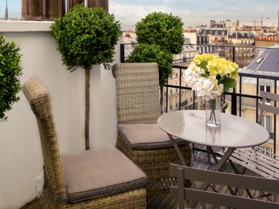 Breakfast on the terrace with dreamy views overlooking #Paris and
