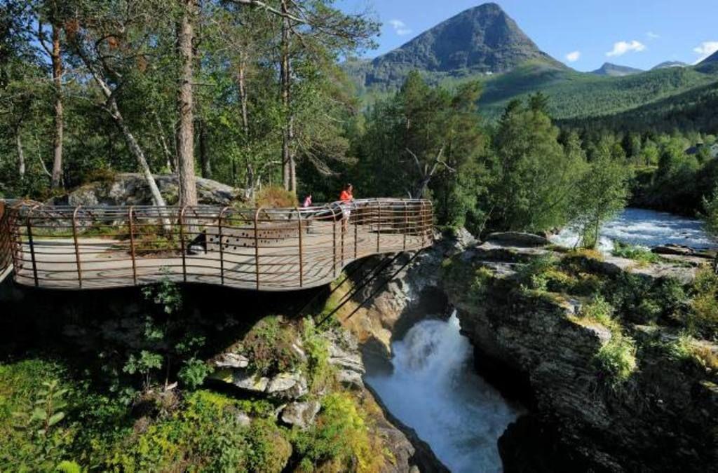 Norske rasteplasser blir hyllet verden rundt - Reiseliv - VG