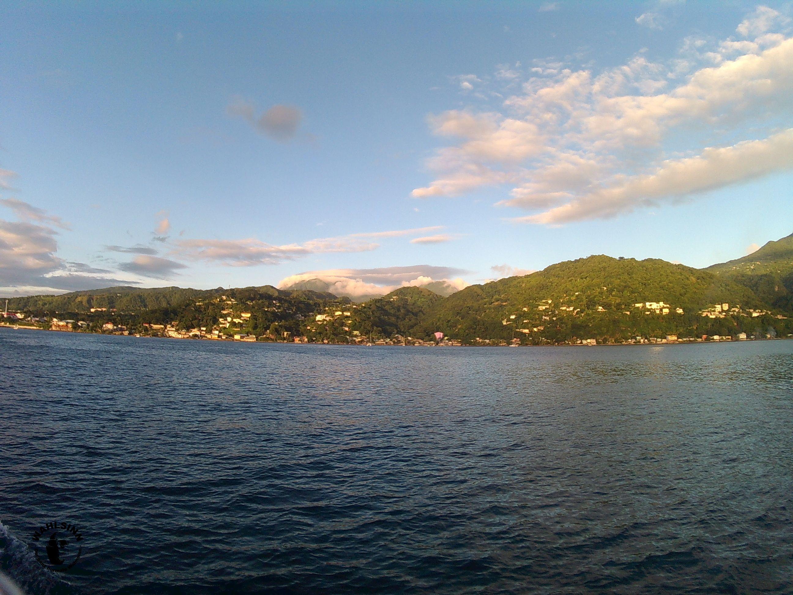 Dominica - Die Küste von Dominica ist schon atemberaubend