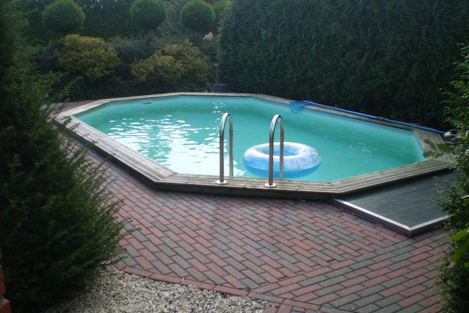Zwembad swimming pool zwemmen tuin klein houten for Klein zwembad