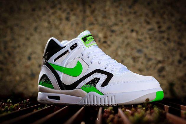Nike Air Tech Challenge II Poison Green